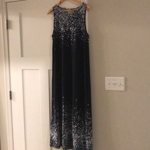 Sleeveless size M JJILL maxi dress